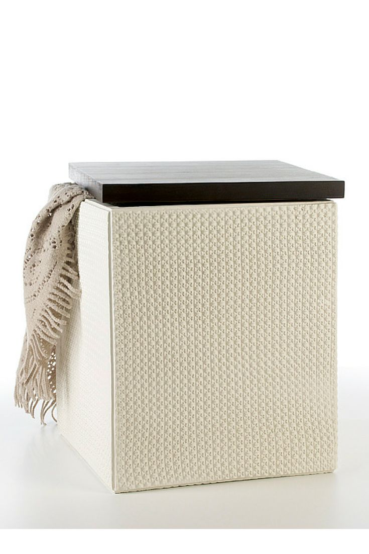Lace Stool #ceramics #homelivingceramics #white #box #stool #wood #homeaccessories #interiordesign | www.arfaigm.com