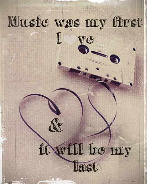Music was my first Love... Zet jullie favoriete muziek op.