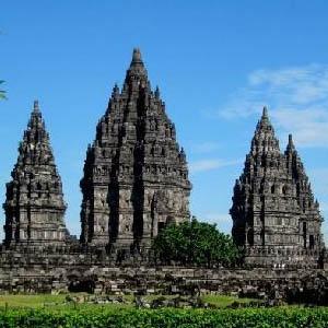Candi Prambanan  http://jogjatourtravel.com/candi-prambanan/