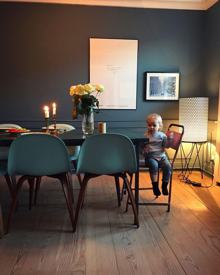 Our living room at Store Kongensgade.  #Gubichairs #bluewalls #bluepanels