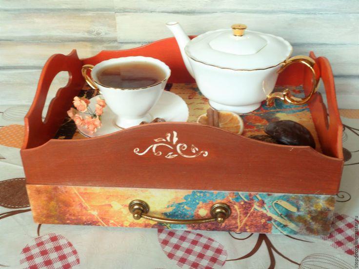 """Купить Сервировочный столик-поднос """"Акварельные зарисовки"""" - рыжий, красный, коралловый, оранжевый, коричневый, столик"""