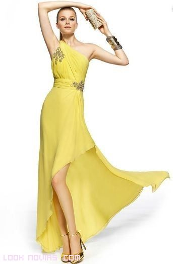 vestidos amarillos largos a la moda