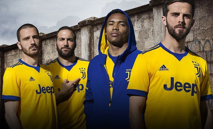 Juventus FC 2017/18 adidas Away Kit