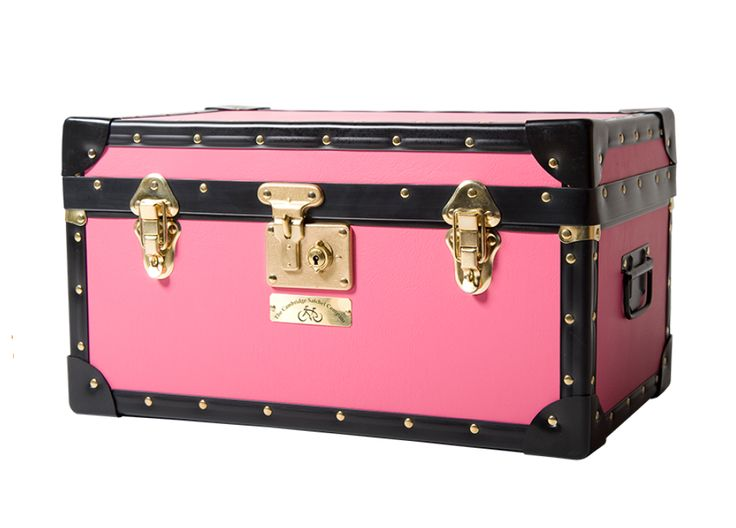 These beautifully paper lined trunks have vintage appeal and add an aura of tradition to any setting. The trunks have leather effect covering and gold locks and are made in the UK especially for Cambridge Satchel, bearing our distinctive logo on a brass plate at the front. http://www.zocko.com/z/JIuvv