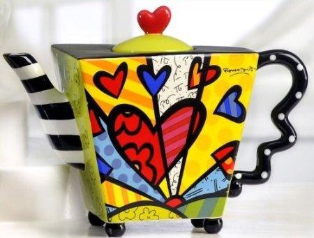 Amazon.com: Romero Britto Teapot Square Heart Ceramic Dolomite Tea Pot Infuser Cup Decor New: Kitchen & Dining