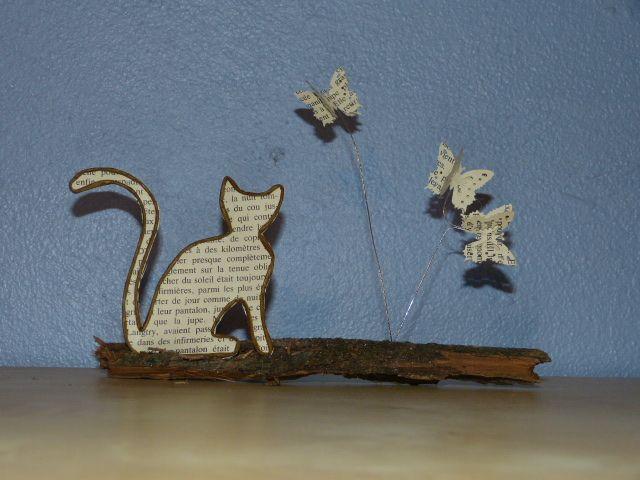 Première œuvre en fil et papier (après toutefois mes décorations de Noël, à revoir ICI ). C'est un peu moins facile que ça en a l'air. Mai...