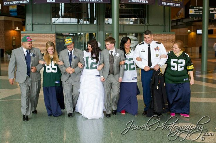 39 best green bay packers wedding images on pinterest for Green bay packers wedding dress