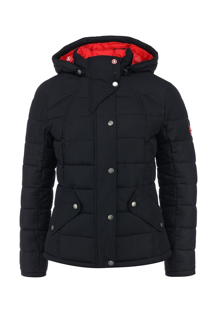 Куртка Barbour выполнена из текстиля темно-синего цвета и утеплена аналогом пуха - волокном FIBRE DO