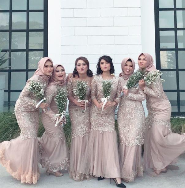 Muslim Style Lace Bridesmaid Dresses Mismatched Wedding Party Dresses Bw93490 Lace Bridesmaid Dresses Braidsmaid Dresses Hijab Dress Party