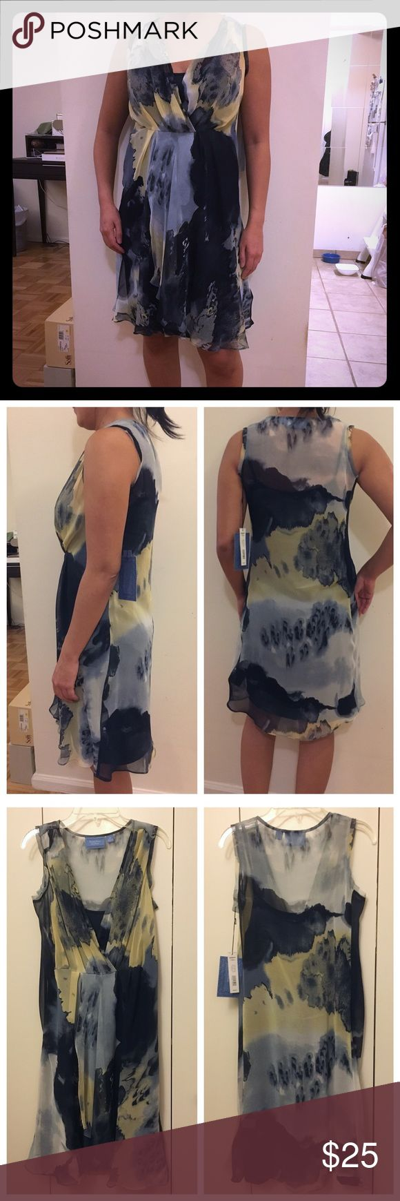 Simply Vera Vera Wang watercolor floral dress Flowy, floral print dress.  Great for work or weekends.  Never worn, new with tags. Simply Vera Vera Wang Dresses Midi