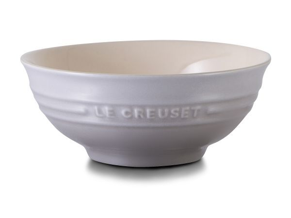 Le Creuset Snack Bowl, 14cm - This small stoneware bowl is capable of handling a variety of kitchen tasks. For those inclined to entertain, it offers a simple and attractive way of presenting nibbles, snacks or dips. It is also suitable for servings of fruit, yoghurt and muesli on the breakfast table.