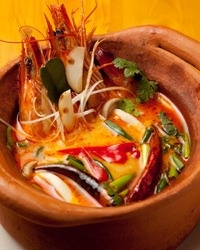Tika -てぃか- エスニックDining&Bar 青山店 :世界3大スープのトムヤムクンは辛すぎず味わい深い