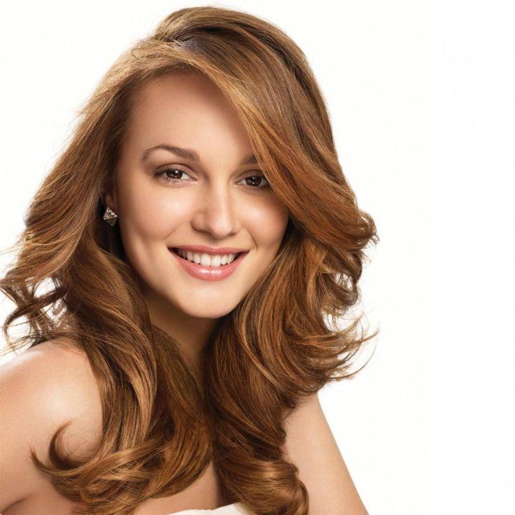 У вас средняя длина волос? Узнайте, как их модно уложить!