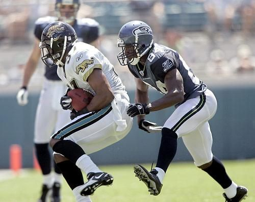 Seahawks and Jaguars in their best looks and a rare look at the blue jersey and white pants combo from the underrated 2002-2009 Seahawks uniforms.