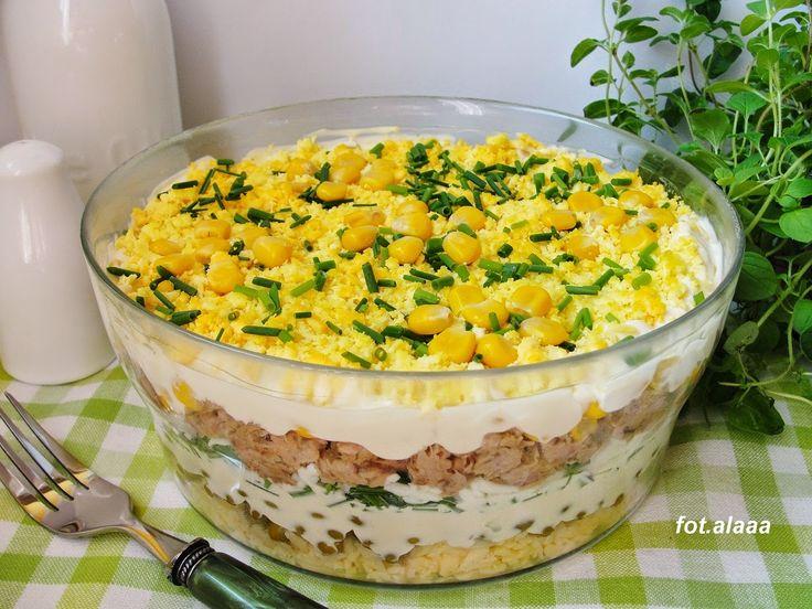 Ala piecze i gotuje: Sałatka warstwowa z tuńczykiem