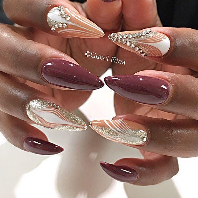 @juicyjo2 #nailitmagazine #nailprodigy #nailedit #guccifiina #fiina_naillounge #happy #nails #fashion #style #hudabeauty  #beauty #pretty #stylish #sparkles #styles #glitter #nailart #opi #essie #unhas #preto #branco  #love #shiny #polish #nailpolish #nailswag #anastasiabeverlyhills #vegas_nay