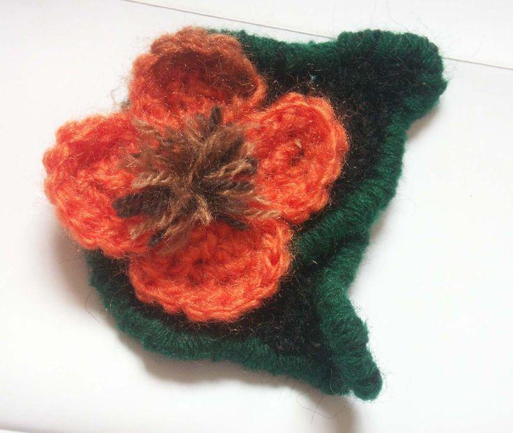 Broches flor de ganchillo