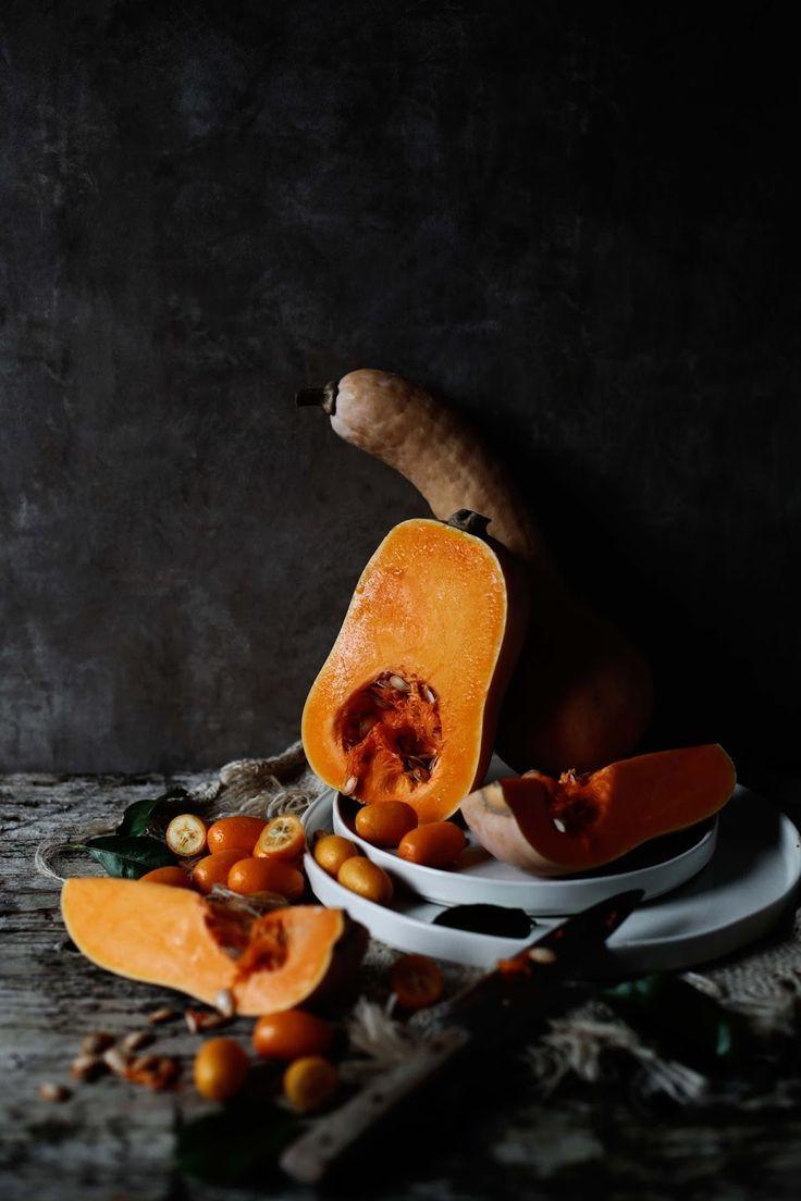 Panquecas de espelta e abóbora com kumquats escalfados Spelt and butternut squash pancakes with poached kumquats food  photography, food styling, learn food photography