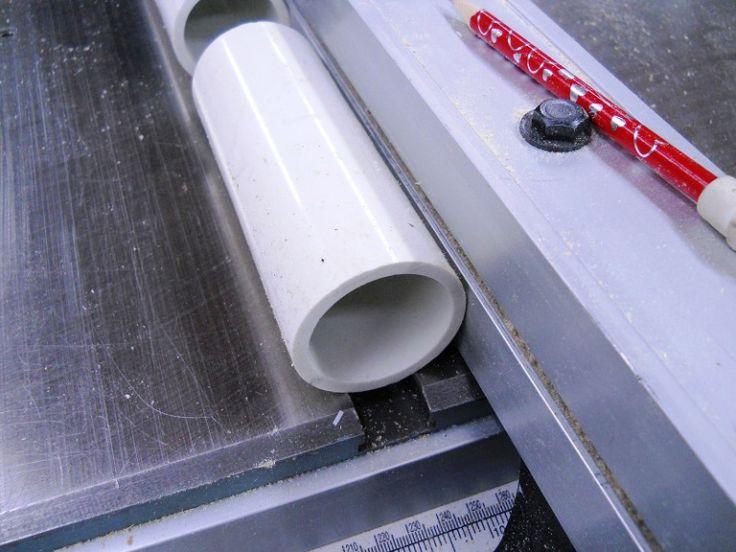 Drill Press Vertical Boring Guide / Guide vertical pour perceuse à colonne