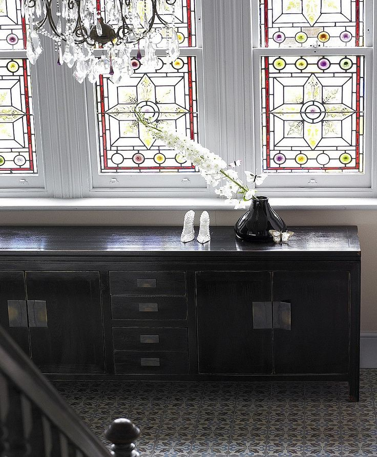 Canton black lacquer sideboard from Lombok