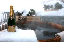 Sizzling Tub Snow Machine: 9 Absolutely Special Soaking Spots