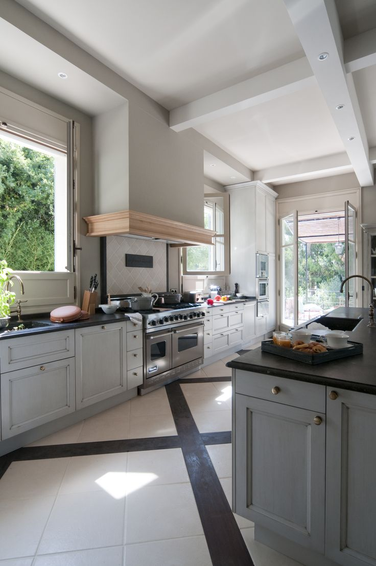 Atelier modular kitchens - Kitchen Private Villa Cap D Antibes Architect Atelier Baraness Cawker
