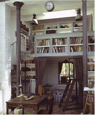 Beautiful... #bookshelf #library