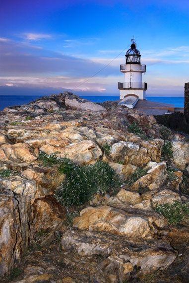 Far del Cap de Creus. Uno de los lugares más preciosos de nuestra Costa Brava donde disfrutar de una espectaculares vistas.