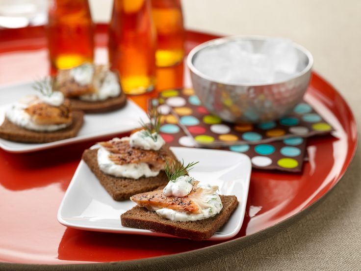 Smoked Trout Canapes with Creme-Fraiche and Herb Sauce for Two Recipe : Rachael Ray : Food Network - FoodNetwork.com