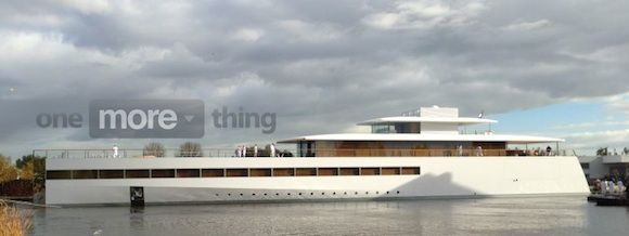 Steve Jobs's yacht makes its first appearance