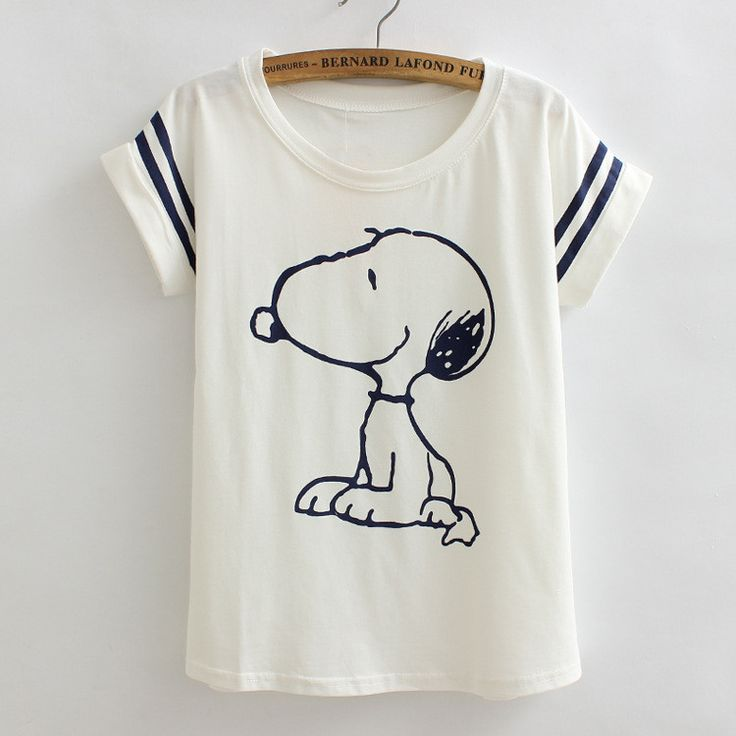 Wear this cute Snoopy Loose Tee! - This is perfect for any Snoopy Collectors! - While Supplies Last! Limit 10 Per Order Please allow 4-6 weeks for shipping due to high demand Item Type: Top Material: