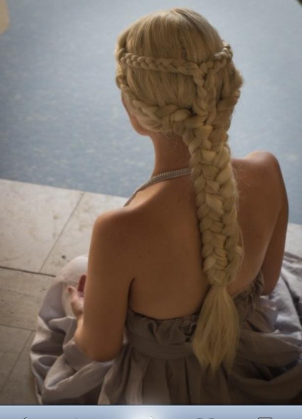 Daenerys Targaryen Hair. Really want to try this