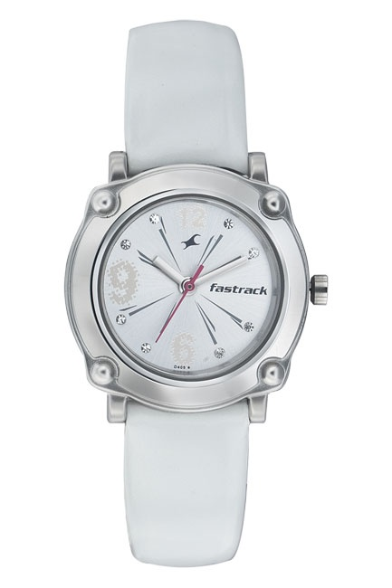 This model is inspired from the bling elements in Hip Hop lifestyle.    Hip Hop from Fastrack    http://www.fastrack.in/product/na6027sl01/?filter=yes=2=895=2495=2&_=1339950130022#