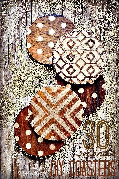 Bricolaje de madera y oro Posavasos