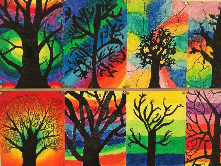 Herfstbomen met wasco en zwarte stift. Gemaakt door groep 8 van o.b.s. de Wilgenhoek uit Haarlem