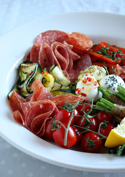 FACT: if its called antipasto, I'm going to eat it. There's something so sexy about a plate of luscious finger foods I just can't say no.