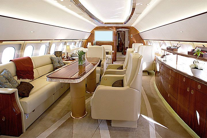 Luxurious Airbus A319 interior. Charter an Airbus A319 with Privé Jets.