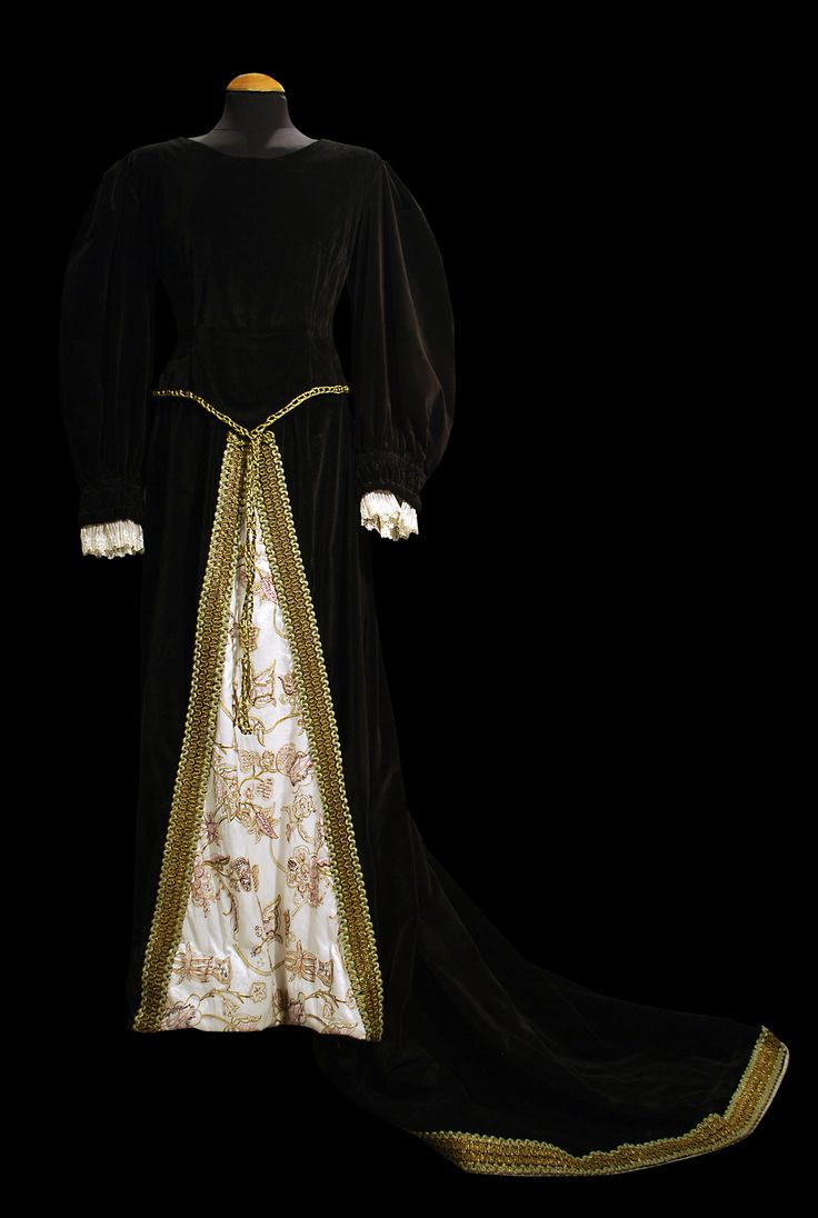 Medieval mujer. #bodastematicas #vestuario
