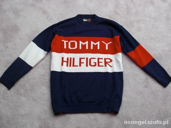TOMMY HILFIGER unikatowy duże logo   Cena: 39,00 zł  #meskisweter #oryginalnysweter #swetertommyhilfiger