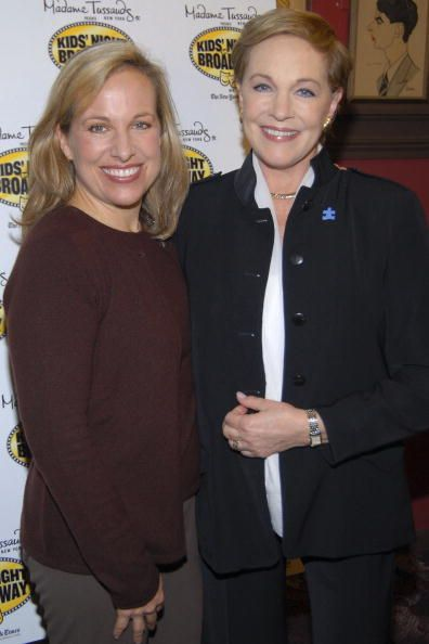 Emma Walton Hamilton and mother actress and author Julie Andrews help announce the League Of American Theatres And Producers 2007 Kid's Night on...