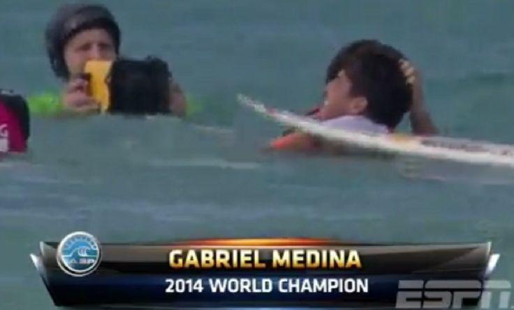 JORNAL O RESUMO = BRASIL CAMPEÃO JORNAL O RESUMO: Gabriel Medina é campeão mundial de surf