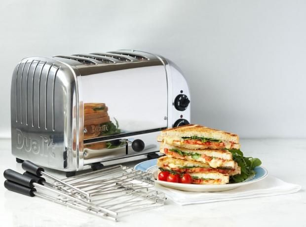 10 best sandwich toasters | IndyBest | Extras | The Independent  (Transform your lunchtime sarnie from so-so to soooo good with our pick of the best sandwich makers and grills. Our testers tried out a selection of bread and panini with savoury and sweet fillings to find out which was the big cheese when it came to the crunch)