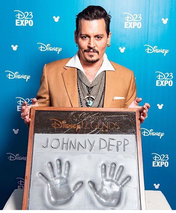 Congrats Johnny on your Disney Legend Award!