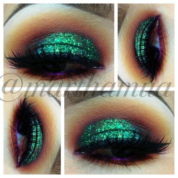 Green glitter eyeshadow look