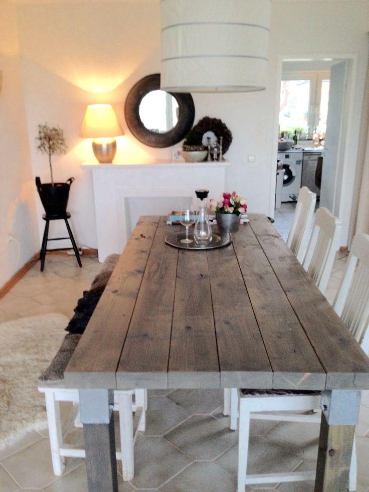 Holztisch selbstgebaut