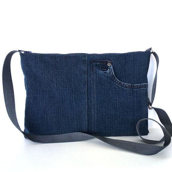 Sac à bandoulière recyclé sac de côté jean bleu foncé par Sisoibags