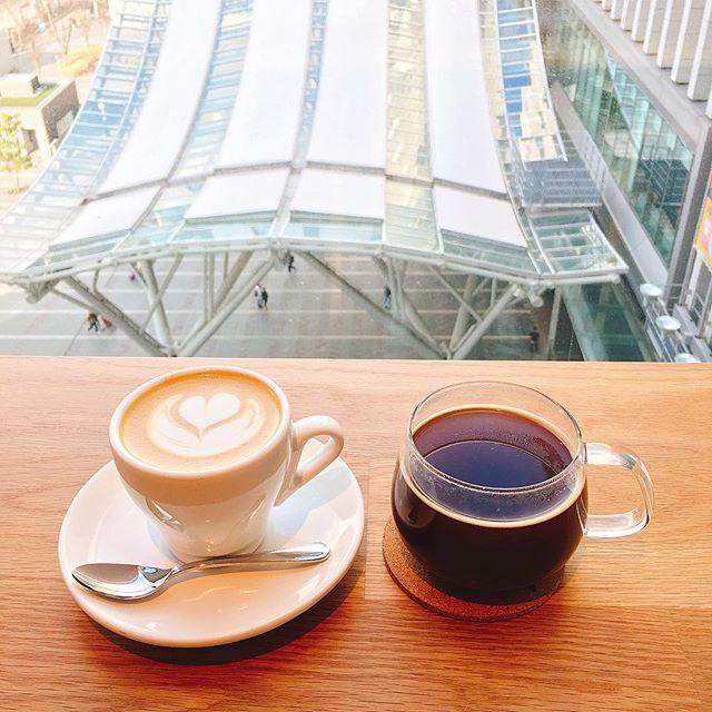Kitte博多 - Instagram media by mmintheku - 하카타 Kitte 6층 REC coffee! 일본 바리스타 대회 우승한 바리스타가 있는 카페 😬 체인점이지만 커피도 맛있구 창가자리에서 보이는 하카타 역도 멋져! #하카타 #hakata #博多 #RECcoffe #japan #🇯🇵 #ilovejapan #japantravel