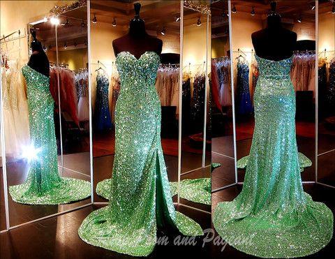 48 best GREEN Dresses images on Pinterest | Pageant dresses ...