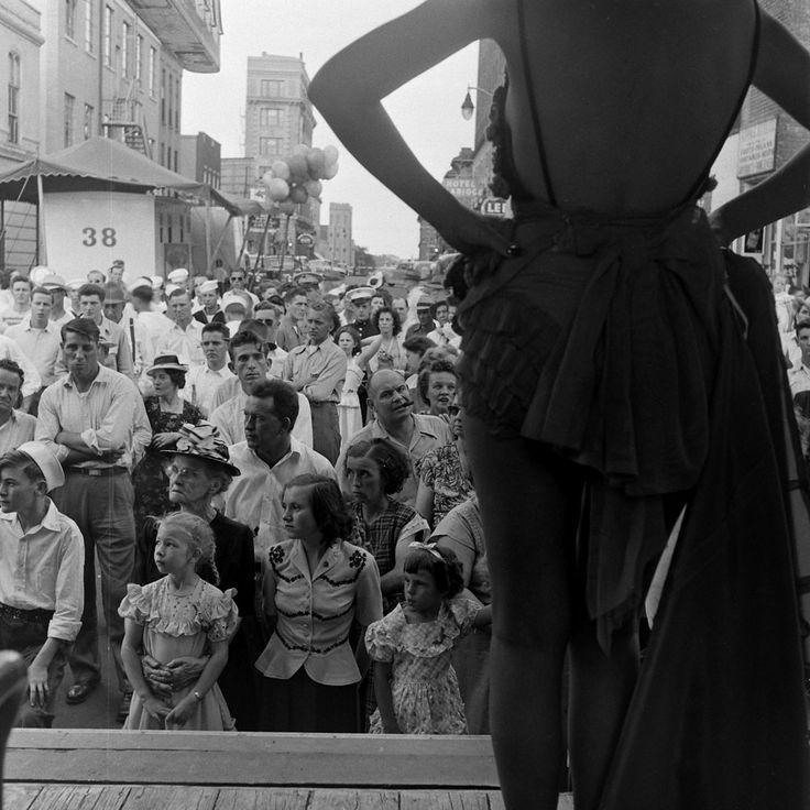 Gypsy Rose Lee: LIFE With a Burlesque Legend | LIFE.com