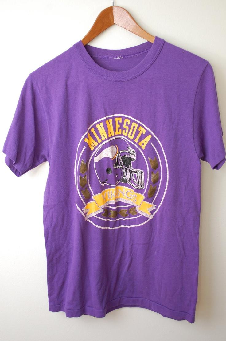 Vintage MINNESOTA VIKINGS Football t-shirt
